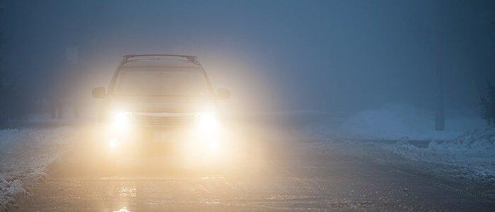 ¿Qué culpabilidad tiene un conductor por no transitar con la iluminación adecuada?