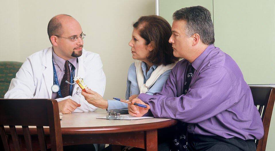 ¿Cómo trabaja el médico forense en un accidente de tráfico?