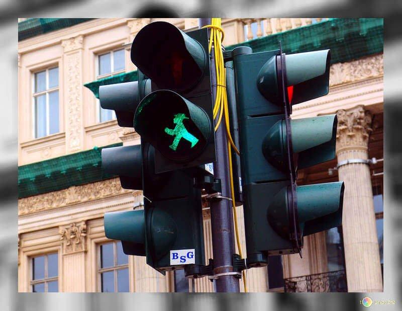 Prioridad de las señales de tráfico