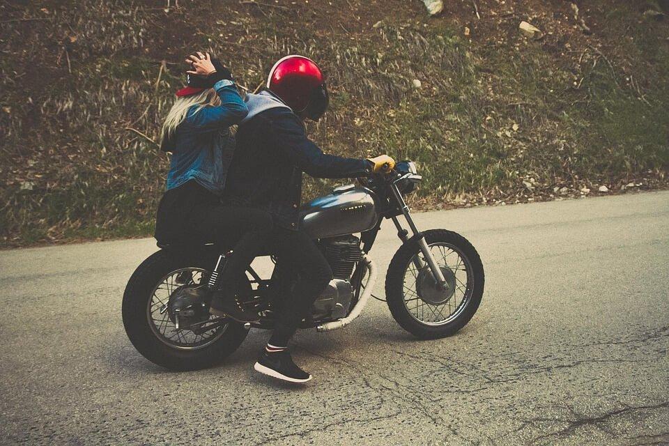 cómo conducir un ciclomotor