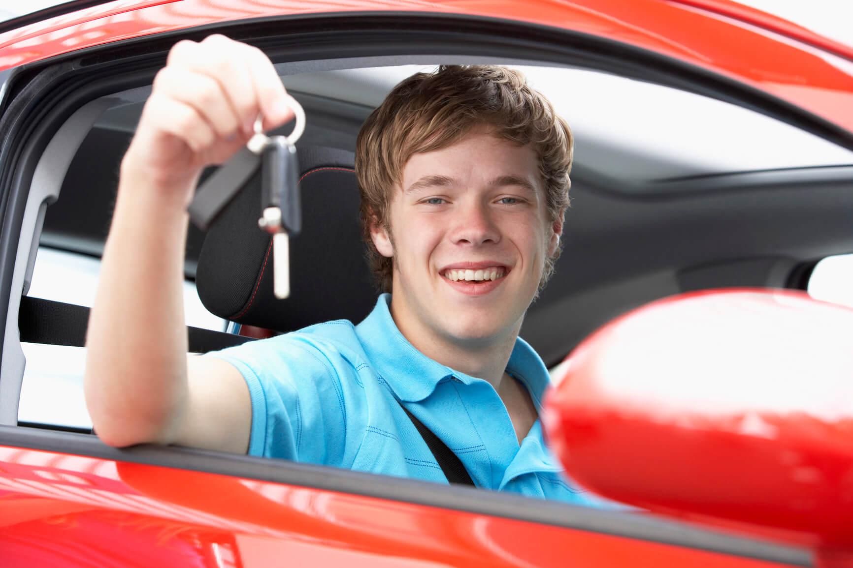 delito enseñar a conducir