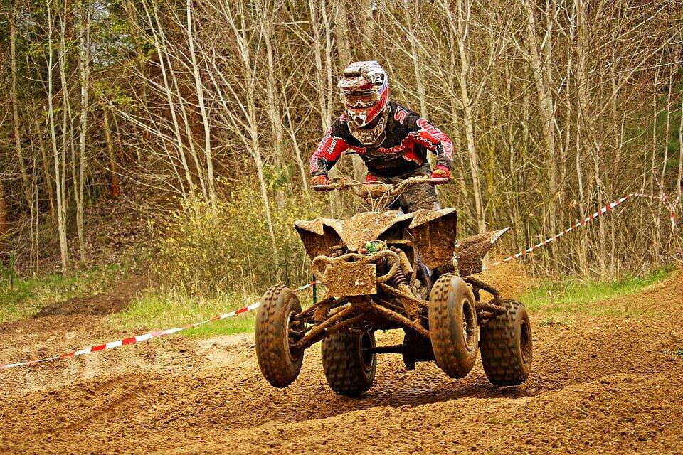 ¿Cuál es el carnet para conducir un quad que necesitas?