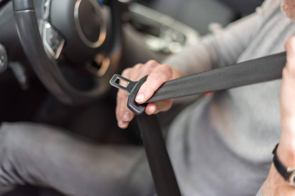 El cinturón de seguridad y su relación con las lesiones; ¿cómo salva tu vida?