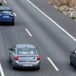 ¿Conducir por el carril izquierdo te hace culpable en un accidente de tráfico?