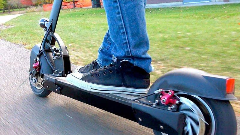 Normas de seguridad vial para conductores de VMP