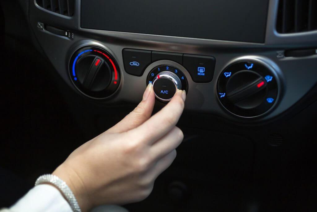Poner a punto el aire acondicionado de tu vehículo