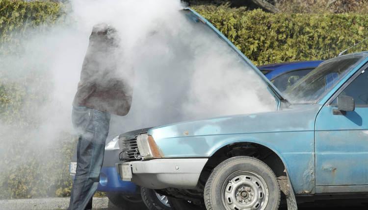 Qué hacer cuando se recalienta el coche